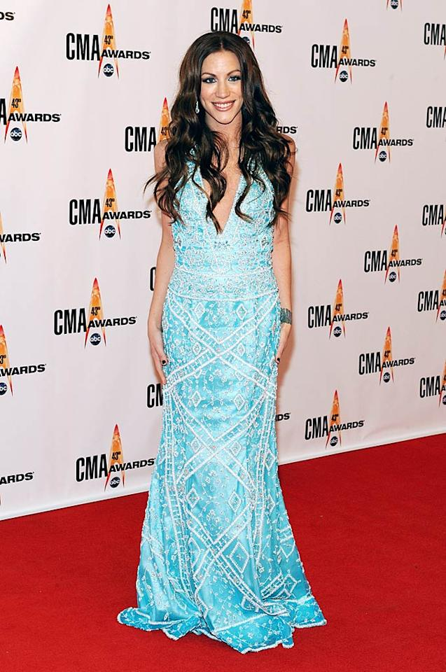 """Jessica Harp  Grade: C-  Michelle Branch's former bandmate (The Wreckers) also opted to wear a shade of blue-green. Unfortunately, her frock was ill-fitting and her locks were out of control. Frederick Breedon/<a href=""""http://www.gettyimages.com/"""" target=""""new"""">GettyImages.com</a> - November 11, 2009"""