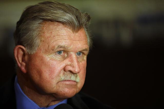 Mike Ditka clarified some controversial comments about racial injustice. (AP)