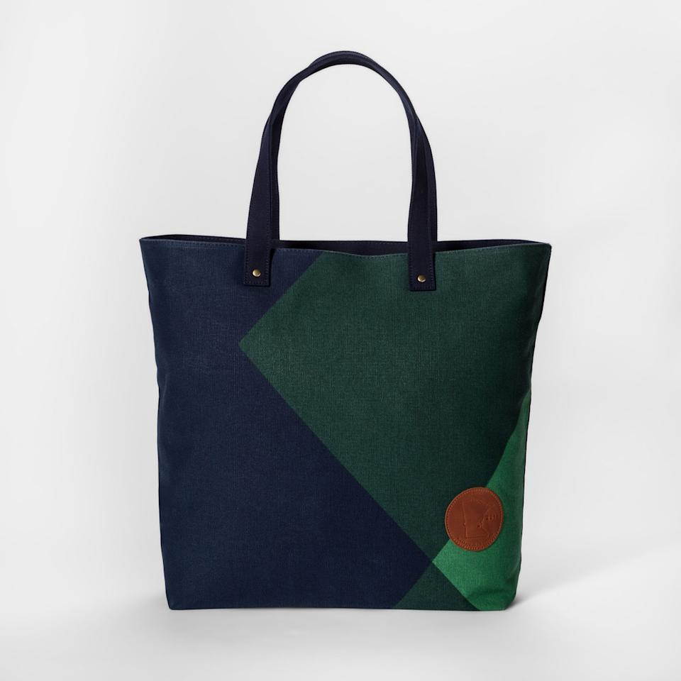 """<p>Askov Finlayson for Target Geometric Tote Bag, $30, <a rel=""""nofollow"""" href=""""https://www.target.com/p/askov-finlayson-for-target-geometric-tote-bag-green-navy/-/A-52807042#lnk=newtab"""">target.com</a> (Photo: courtesy of Target) </p>"""