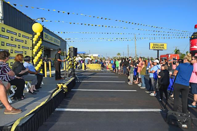 Dollar General Celebrates Grand Opening of 16,000th Store in Panama City, Florida