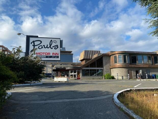 Paul's Motor Inn was purchased by the B.C. government during the pandemic to provide housing options for people. (Madeline Green/CBC - image credit)