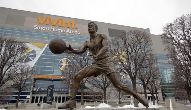"The <a class=""link rapid-noclick-resp"" href=""/nba/teams/utah/"" data-ylk=""slk:Utah Jazz"">Utah Jazz</a> will host the 2023 All-Star game, which will return to Salt Lake City for the first time in 30 years. (AP/Rick Bowmer)"