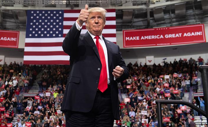 US President Donald Trump gives a thumbs up during a Make America Great Again rally in Green Bay, Wisconsin, April 27, 2019. (Photo by SAUL LOEB / AFP)        (Photo credit should read SAUL LOEB/AFP/Getty Images)