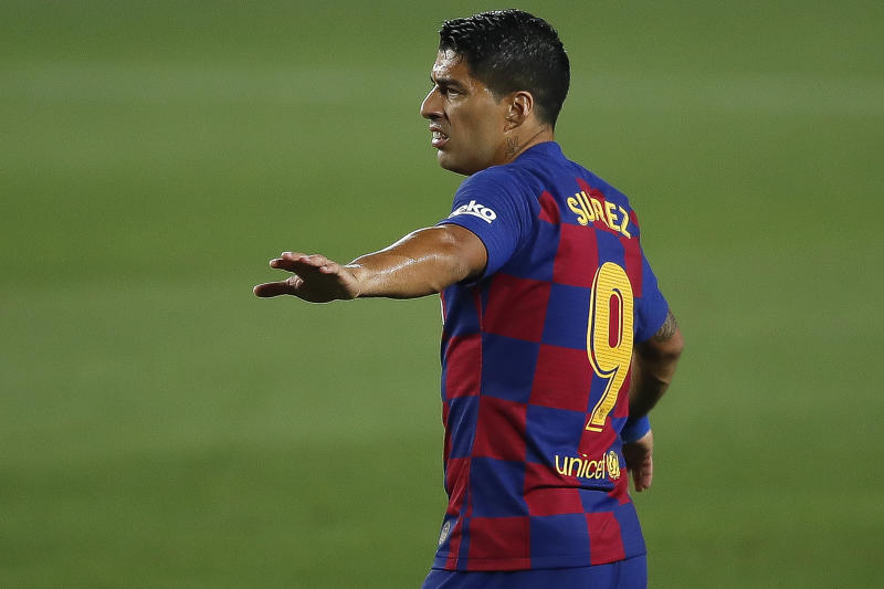 Luis Suarez and Barcelona are in desperate need of a good performance against Celta Vigo. (Photo by Eric Alonso/Getty Images)