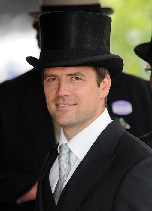 michael-owen-top-hat