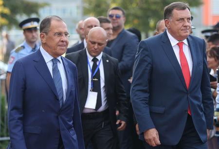 Russia's Foreign Minister Sergei Lavrov and President of the Republika Srpska, Milorad Dodik attend a welcoming ceremony in Banja Luka, Bosnia and Herzegovina, September 21, 2018. REUTERS/Dado Ruvic