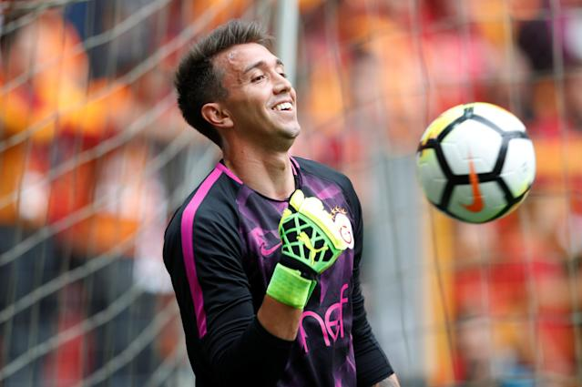 Soccer Football - Turkish Super League - Galatasaray v Besiktas - Turk Telekom Arena, Istanbul, Turkey - April 29, 2018 Galatasaray's Fernando Muslera during the warm up before the match REUTERS/Murad Sezer