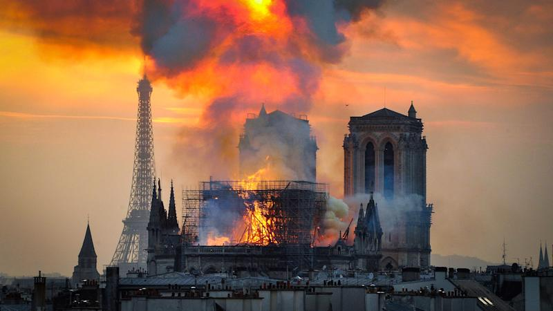 Notre Dame cathedral caught on fire