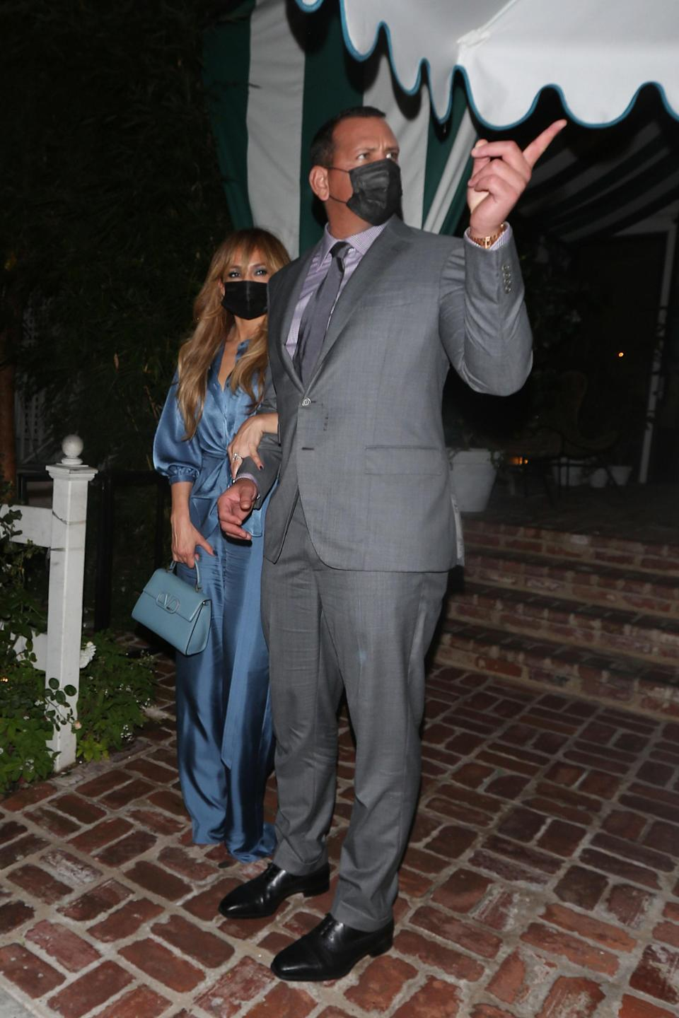 """<h1 class=""""title"""">Celebrity Sightings In Los Angeles - October, 2020</h1><cite class=""""credit"""">MEGA</cite>"""