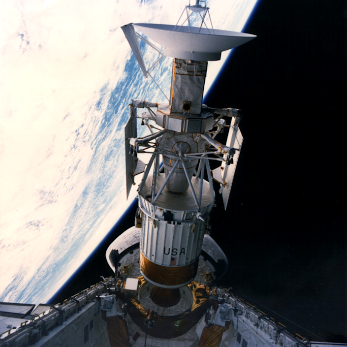 "<span class=""caption"">The Magellan mission was launched from Atlantis' cargo bay on May 4, 1989. The spacecraft's 3.7-m-diameter high gain antenna is visible at the top of the image.</span> <span class=""attribution""><span class=""source"">NASA</span></span>"