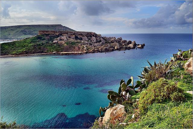 <p>Winter in Malta usually means cheaper accommodation and flights – which only take around three hours from the UK. With more than 300 sunny days a year and January temperatures hovering around 15C, it's a great choice for sun-seekers. The small archipelago is blessed with clear blue waters, fossil-studded cliffs and prehistoric temples. [Photo: Flickr/Robert Pittman] </p>