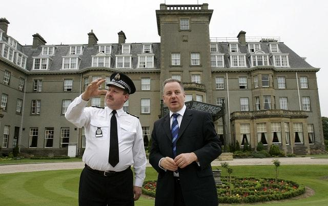 Former Tayside Chief Constable John Vine and Jack McConnell