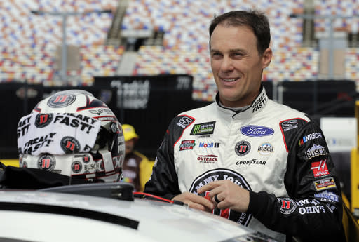 "<a class=""link rapid-noclick-resp"" href=""/nascar/sprint/drivers/205/"" data-ylk=""slk:Kevin Harvick"">Kevin Harvick</a> prepares for practice for Saturday's NASCAR All-Star auto race at Charlotte Motor Speedway in Concord, N.C., Saturday, May 19, 2018. (AP Photo/Terry Renna)"