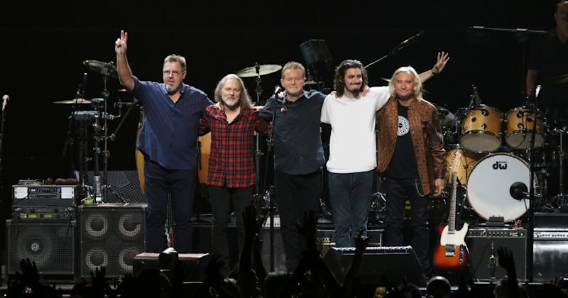 Eagles Announce 'Hotel California' Tour 2020