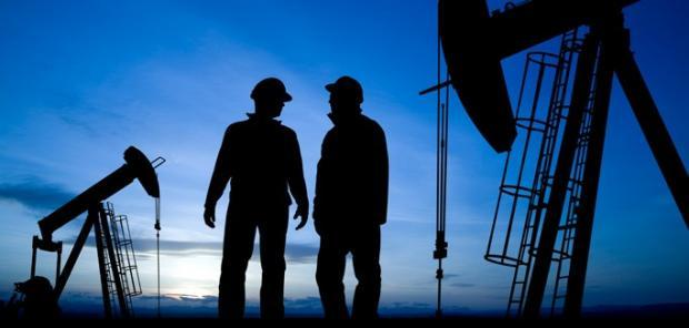 Oil & Gas Stock Roundup: XOM Loses #1 Energy Spot, CVX Names New CEO