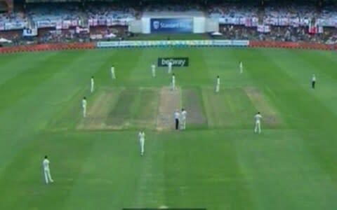 <span>England have plenty of men close in for Broad's start this morning</span> <span>Credit: SKY SPORTS </span>