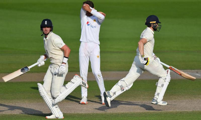 England cricketers' win bonuses slashed by half in ECB cuts