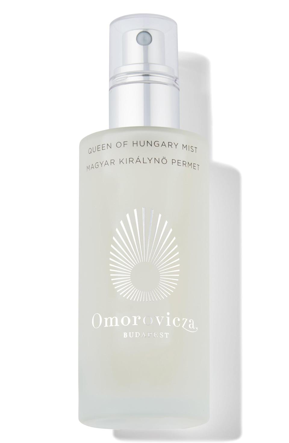 """<p><strong>Omorovicza</strong></p><p>nordstrom.com</p><p><strong>$95.00</strong></p><p><a href=""""https://go.redirectingat.com?id=74968X1596630&url=https%3A%2F%2Fwww.nordstrom.com%2Fs%2Fomorovicza-queen-of-hungary-mist%2F3513180&sref=https%3A%2F%2Fwww.townandcountrymag.com%2Fstyle%2Fbeauty-products%2Fg33634970%2Fbest-face-mists%2F"""" rel=""""nofollow noopener"""" target=""""_blank"""" data-ylk=""""slk:Shop Now"""" class=""""link rapid-noclick-resp"""">Shop Now</a></p><p>If you want an indulgent mist, look no further than Omorovicza. The mix of orange blossom, rose, and sage water, with apple pectin ensures skin is hydrated to the max, but the smell will have you feeling like royalty. </p>"""