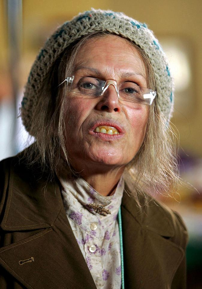 Joanna Lumley plays Delilah, an outspoken and eccentric old lady, in Clatterford.