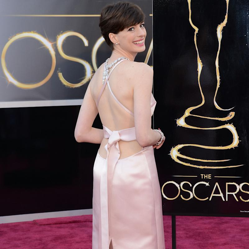 Hathaway 'threw a fit' over Seyfried's dress