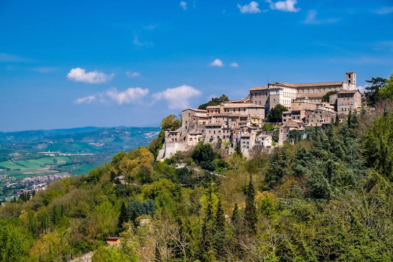 TODI, UMBRIA, ITALY - 2019/04/17: The small medieval town is located at a hill slope, above Lake Corbara. (Photo by Frank Bienewald/LightRocket via Getty Images) (Photo: Frank Bienewald via Getty Images)