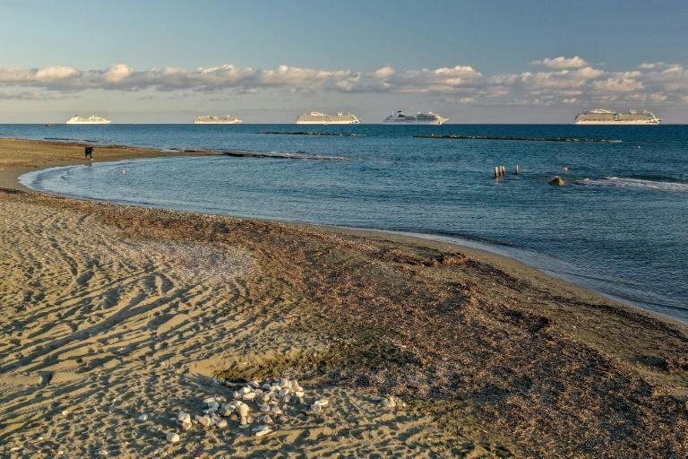 The cruise ships can been seen from shore and have become an attraction for Cypriot photographers