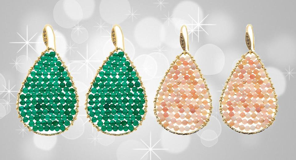Onyx vert et opale rose, diamants champagne, or. (Photo: HSN)