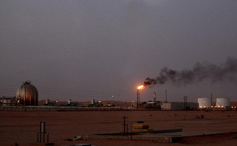 Saudi oil output capacity may be close to maxing out