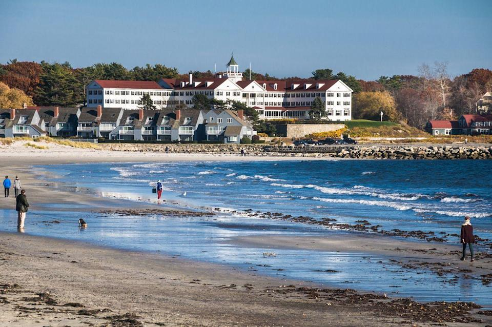 <p>Tourists are drawn to the old Colony Hotel in Kennebunkport Beach, located on the southern coast of Maine.</p>