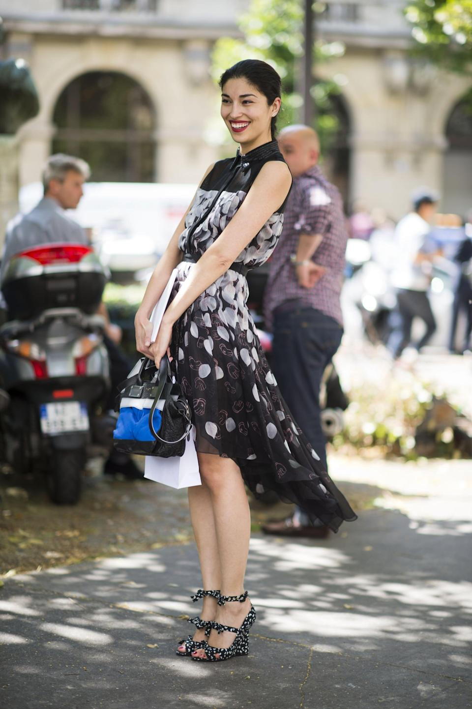 <p>Steal Caroline Issa's M.O. and go for breezy prints and equally eye-catching footwear.</p>