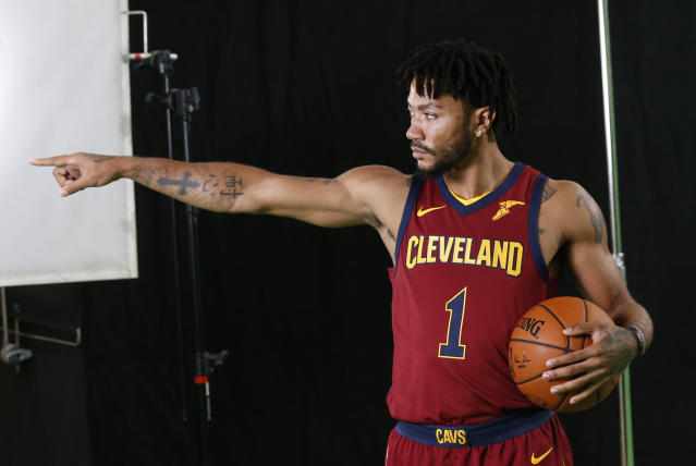 Derrick Rose says he feels right at home with the Cavs. (AP Photo/Ron Schwane)
