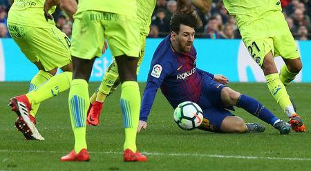 Soccer Football - La Liga Santander - FC Barcelona vs Getafe - Camp Nou, Barcelona, Spain - February 11, 2018 Barcelona's Lionel Messi in action REUTERS/Albert Gea