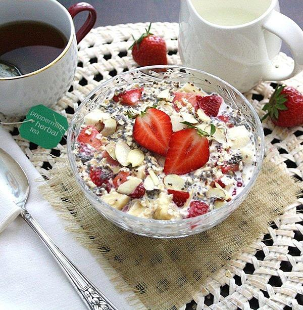 strawberry chia oats