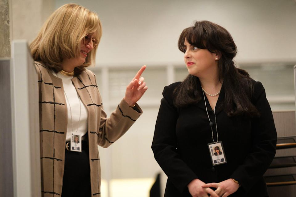 Linda Tripp (Sarah Paulson, left) befriends Monica (Beanie Feldstein) after she's transferred from the White House to the Pentagon.