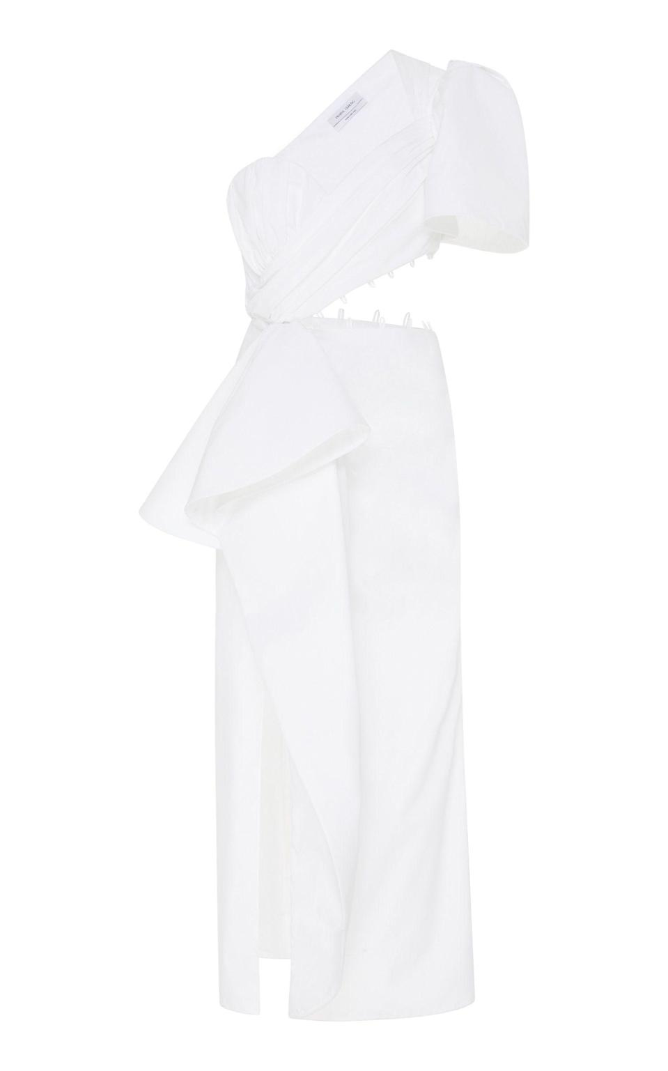 """<p><strong>Prabal Gurung</strong></p><p>modaoperandi.com</p><p><strong>$1125.00</strong></p><p><a href=""""https://go.redirectingat.com?id=74968X1596630&url=https%3A%2F%2Fwww.modaoperandi.com%2Fprabal-gurung-ss20%2Fone-shoulder-cotton-blend-cutout-dress&sref=https%3A%2F%2Fwww.harpersbazaar.com%2Fwedding%2Fbridal-fashion%2Fg7503%2Foff-the-rack-wedding-dresses%2F"""" rel=""""nofollow noopener"""" target=""""_blank"""" data-ylk=""""slk:SHOP NOW"""" class=""""link rapid-noclick-resp"""">SHOP NOW</a></p><p>Side cut-outs show off the results of pre-wedding workouts, while a puff sleeve and asymmetric wrap detail at the waist adds drama and interest to the silhouette. </p>"""