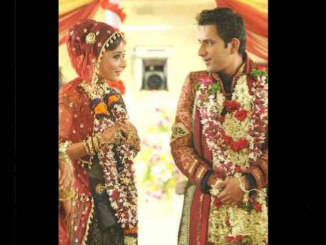 Sara Khan and Ali Merchant got married in 'Bigg Boss 4'. However, it didn't last long and the couple soon parted ways.