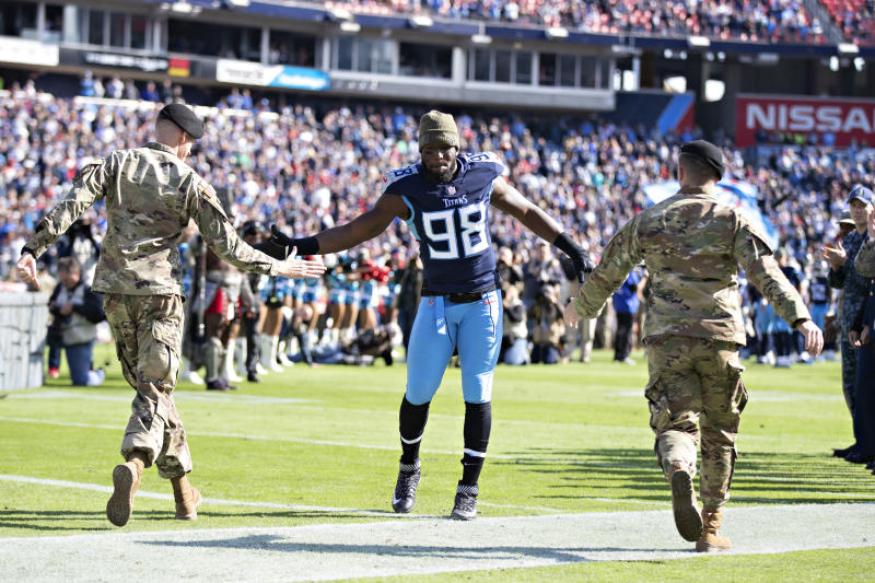 Titans Brian Orakpo Announces Retirement