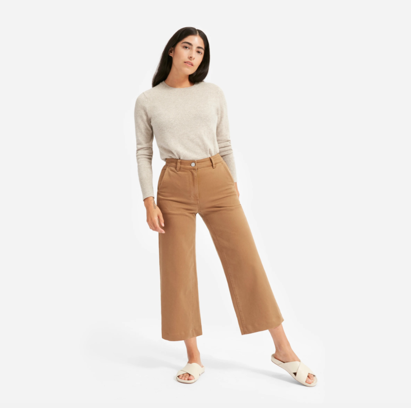 The Cashmere Crew in Light Oatmeal. Image via Everlane.