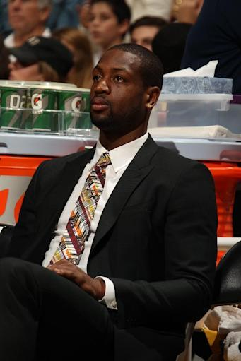 Wade held out by Heat for 2nd straight night