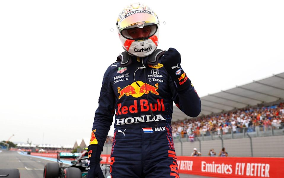 Pole position qualifier Max Verstappen of Netherlands and Red Bull Racing celebrates in parc ferme during qualifying ahead of the F1 Grand Prix of France at Circuit Paul Ricard on June 19, 2021 in Le Castellet, France - Getty Images/Dan Istitene - Formula 1