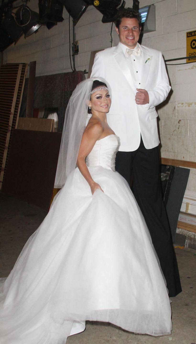 <p>Kelly Ripa and Nick Lachey made light of Kim Kardashian and Kris Humphries's height difference when they dressed up as the couple at their 2011 nuptials. </p>