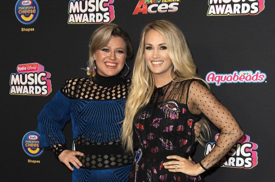Kelly Clarkson Reveals She Once Signed an Autograph as Carrie Underwood