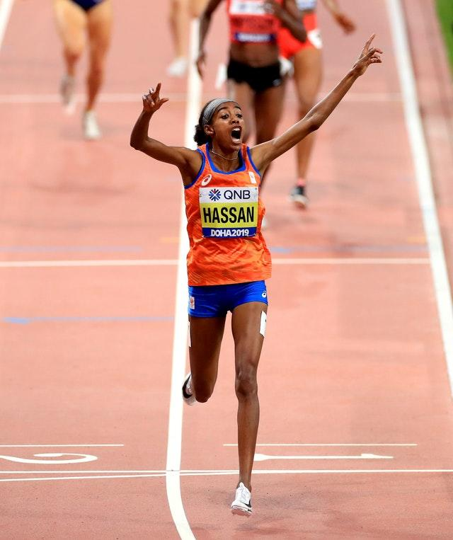 Sifan Hassan crosses the line in first place