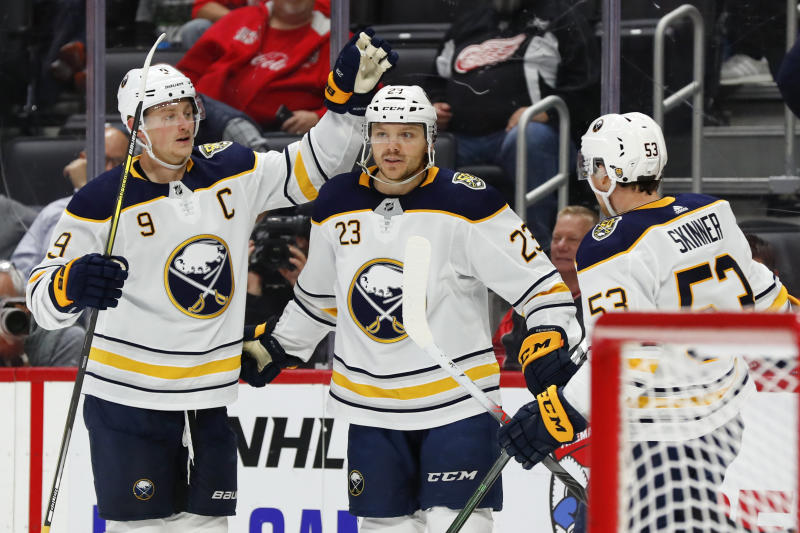Ullmark makes 41 saves, Sabres beat Red Wings 2-0