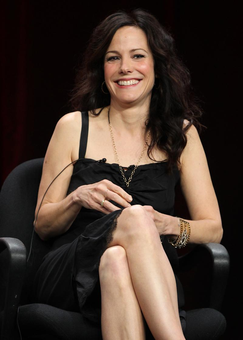 "Actress Mary-Louise Parker, from the television show ""Weeds"", smiles during the CW Showtime TCA Panels, Monday, July 30, 2012, in Beverly Hills, Calif. Showtime announced on Monday, July 29, 2012 the series finale date for ""Weeds"" that will air on September 16, 2012. (Photo by Matt Sayles/Invision/AP)"