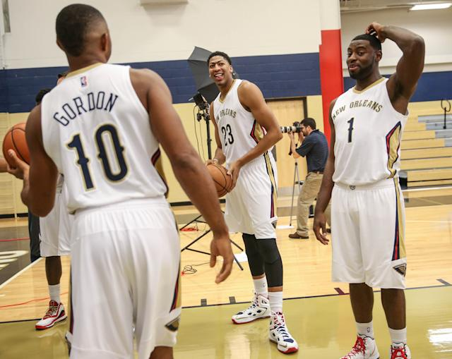 Tyreke Evans scratches his head, imitating anyone who's ever watched him play basketball. (USA TODAY Sports)