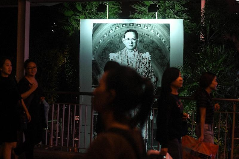 """Thailand's military has asked the public to """"tone down"""" entertainment for at least 30 days following the death of King Bhumibol Adulyadej"""