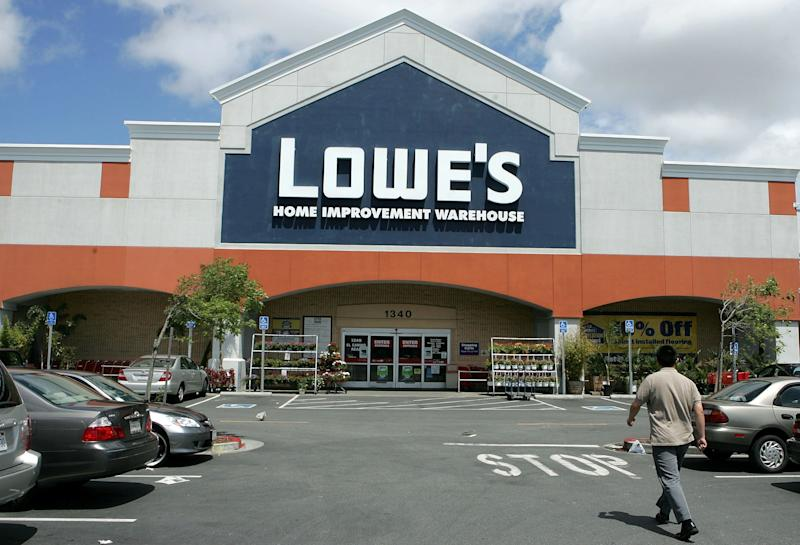 Lowe's and Home Depot's July 4 Sales Just Went Live With
