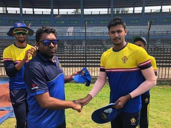 The Karnataka speedster(on the right) is in fine form