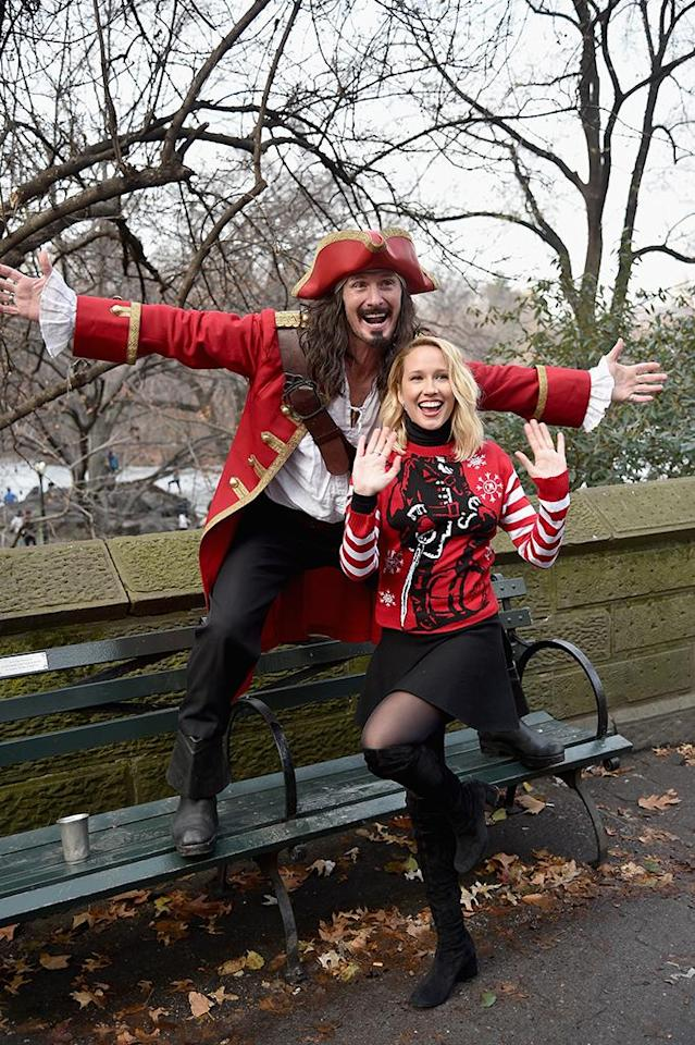 <p>The<em> Pitch Perfect 3</em> star and Captain Morgan took fun to another level in New York City's Central Park on Monday. (Photo: Bryan Bedder/Getty Images for Captain Morgan) </p>